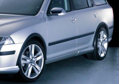 Lemy blatníků – černý rastr, Škoda Octavia II.RS, 2005-2008