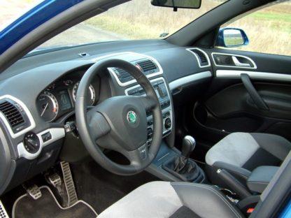 Dekory interiéru- lišty palubní desky a dveří, Škoda Octavia II. 2004-2012
